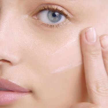 Hydra Zen Anti-Stress Glow Liquid Face Moisturizer